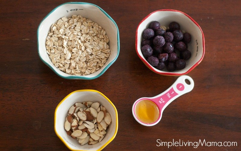 Blueberry oatmeal ingredients