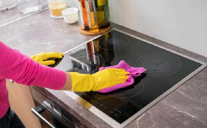 How To Clean a Glass Top Stove – Three Methods